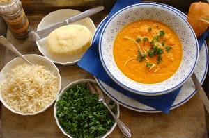 Möhren-Süßkartoffeln Suppe