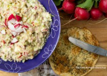 Thunfischsalat texanisch mit Apfel, Sellerie und Gurkenrelish