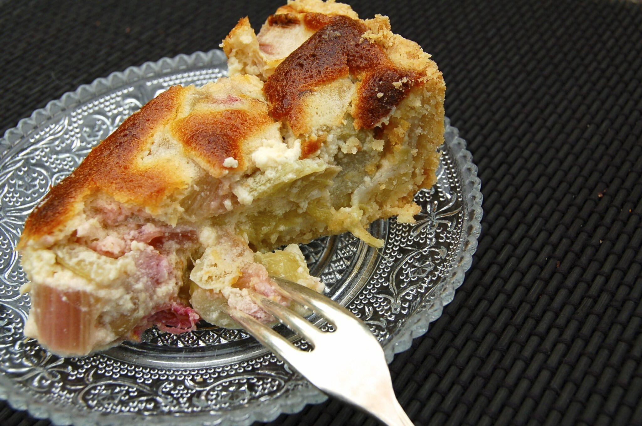Rhabarberkuchen Schwabisch Saftiger Genuss Auf Murbeteig