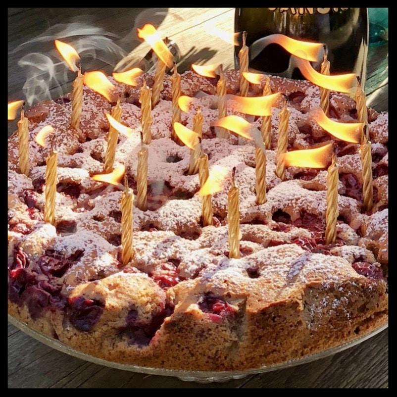 Schokoladenkuchen Mit Zimt Mandeln Und Sauerkirschen Originalrezept